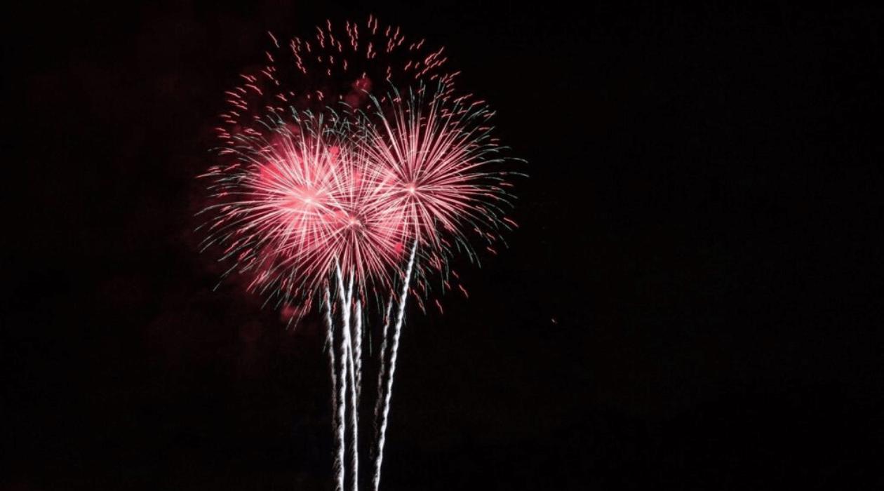 Firework balls, pink.